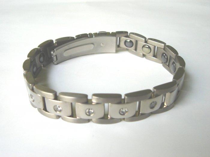 BHD-8005     Titanium and CZ Bracelet