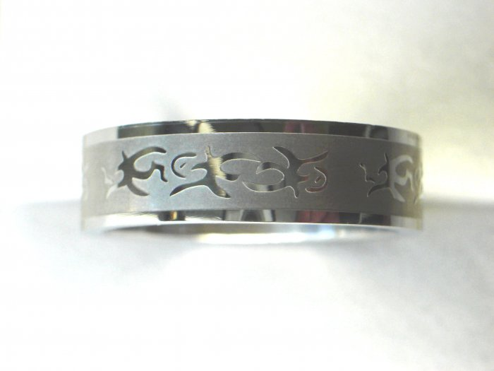 Free shipping--Stainless Steel Flower-Design Wedding Ring
