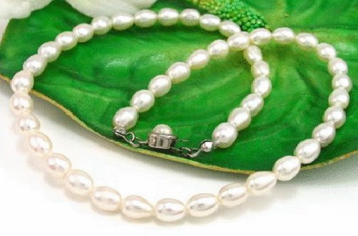 Free shipping---Natural Pearl Necklace