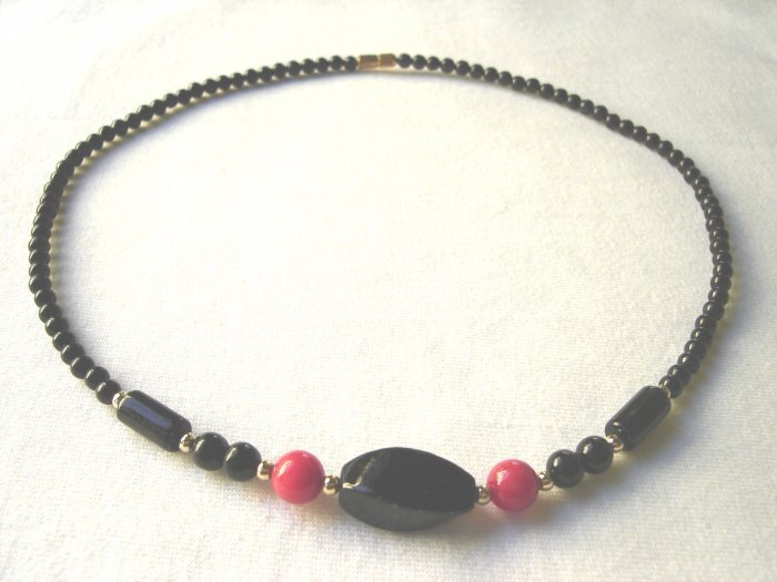 NSP-6004 Black Agate and Coral Necklace