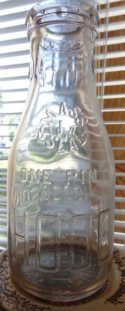 VINTAGE 1940 HP HOOD & SONS 1 PINT MILK BOTTLE MASSACHUSETTS DAIRY EXPERTS RARE