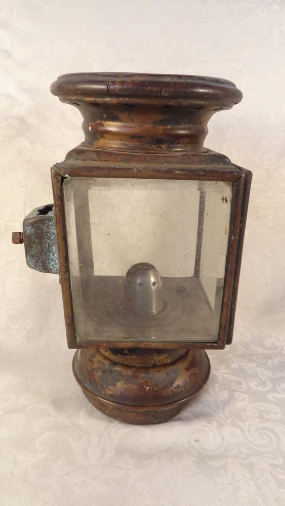 ANTIQUE AUTOMOBILE KEROSENE OIL HEAD LIGHT LAMP TRAIN LANTERN AUTO HEAD LAMP