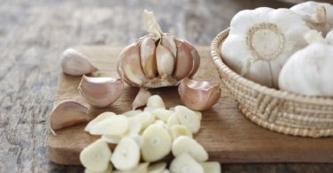 HEIRLOOM NON GMO Music Garlic 3 oz Cloves