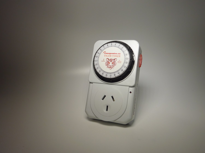 Repeat cycle timer 60 sec x 96 cycles AU Plug Power: 2200W Voltage: 220-240V