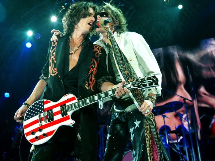 Aerosmith Steven Tyler Joe Perry Stage Retro Music Band 32x24 Wall Print POSTER