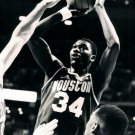 Hakeem Olajuwon Houston Rockets Retro Vintage 32x24 Print Poster
