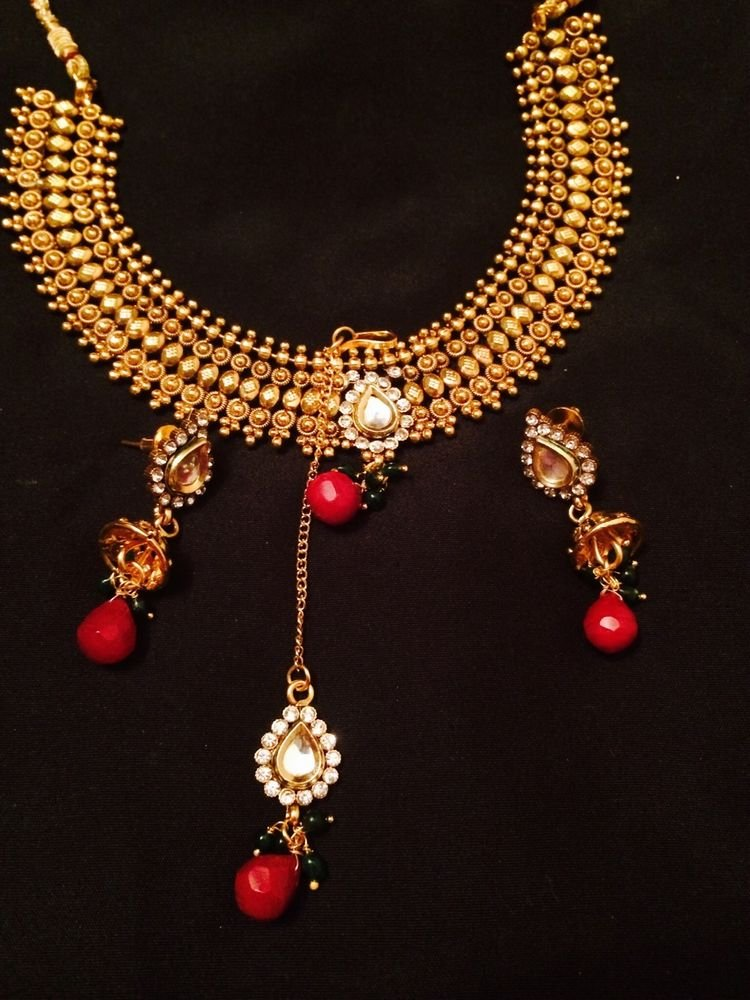 Brand New Indian Wedding Golden Necklace With Earrings And Mang Tikka