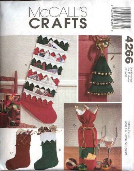 McCall�s Sewing Pattern 4266 Christmas Stockings Card Holder Bottle Gift Bag Door Knob Hanger