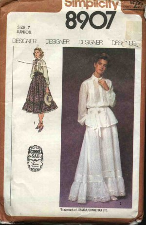 Simplicity Sewing Pattern 8907 Misses Size 8  Gunne Sax Blouse Skirts with Ruffle Hemline