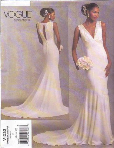 Vogue Sewing Pattern 1032 Bridal Original Misses Size 18-20-22 Bridal Gown Wedding Dress Train