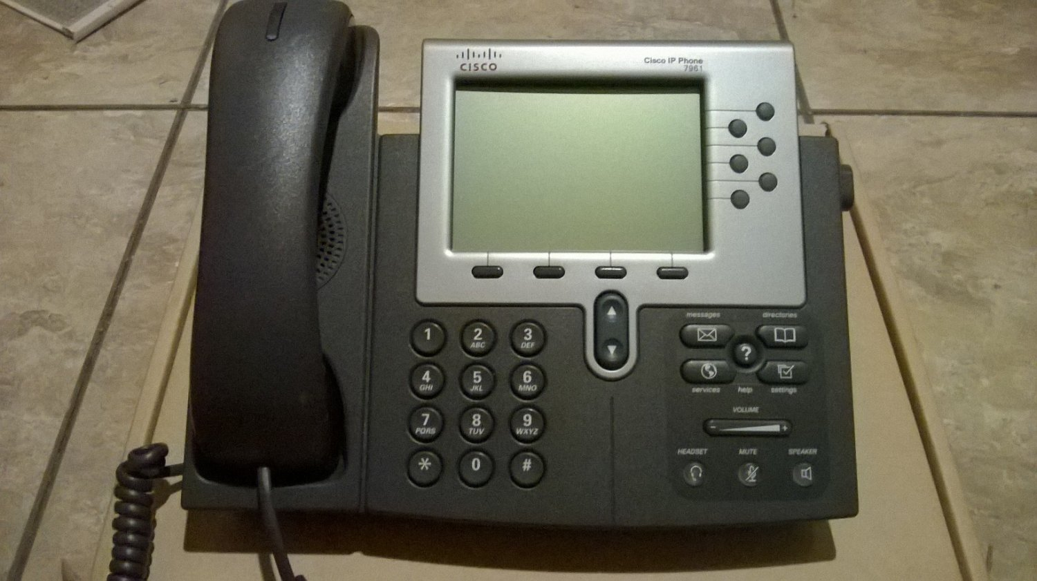 CISCO CP-7961G VOIP IP PHONE, SIP OR SCCP, USED.