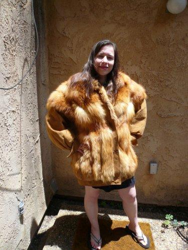 Fox Fur Jacket / Leather sleeves (#32)