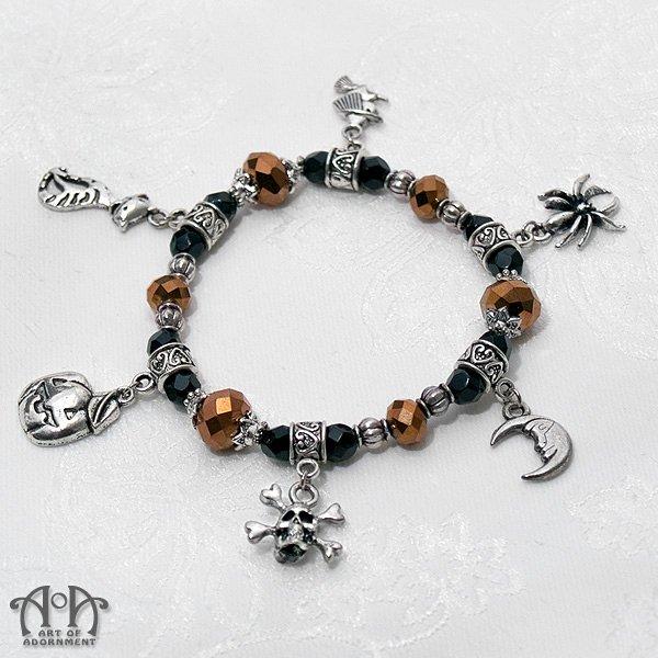 Gothic Halloween Skull Charm Stretch Bracelet Black Antique Silver Witch Bat Pumpkin W31