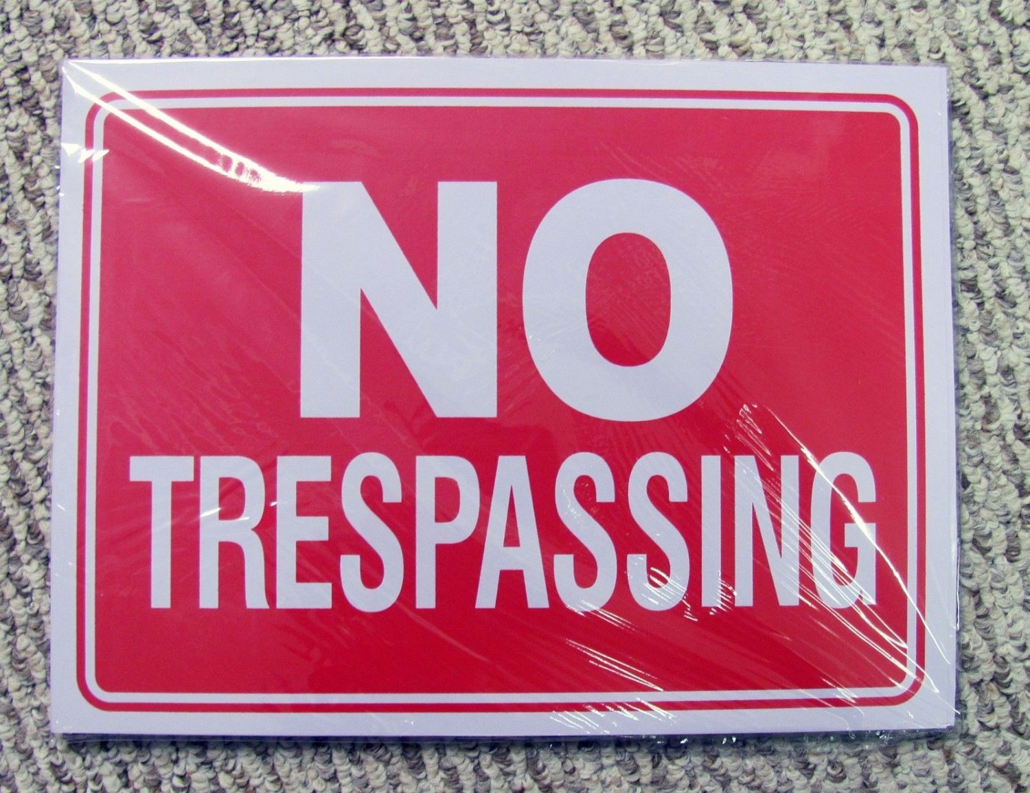 No Trespassing Signs 24-Pack Plastic 9 x 12 Red White