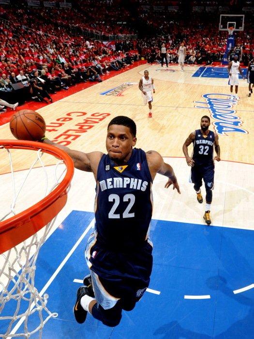 Rudy Gay Memphis Grizzlies Dunk NBA 32x24 Print Poster