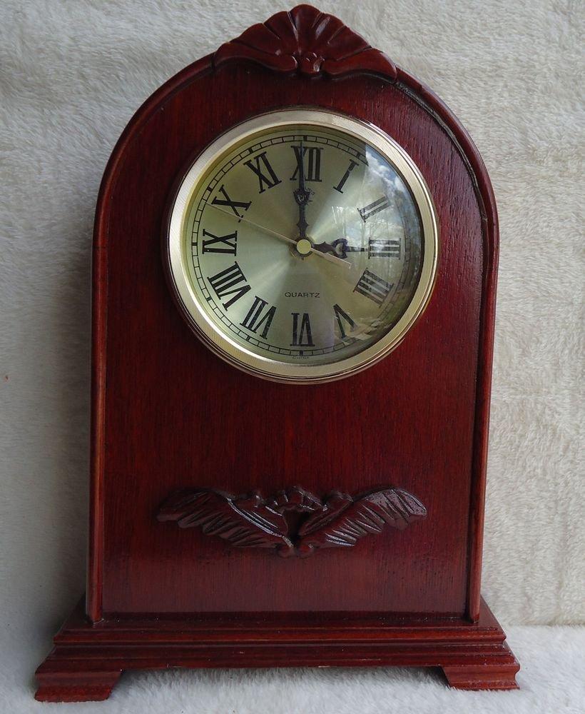 BEAUTIFUL OLDER WOODEN POLARIS QUARTZ MANTEL CLOCK..BEAUTIFUL ENGRAVING