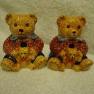 "COLLECTIBLE 3 1/2"" LITTLE BEARS HOLDING THEIR BABIES SALT & PEPPER SHAKERS"