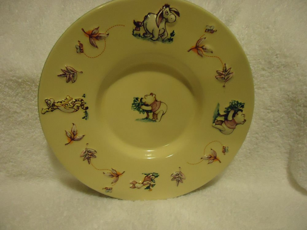 "CHARMING 8"" BEIGE PLATE WITH POOH,TIGER & OTHER DISNEY CHARACTERS.RAISED FIGURES"
