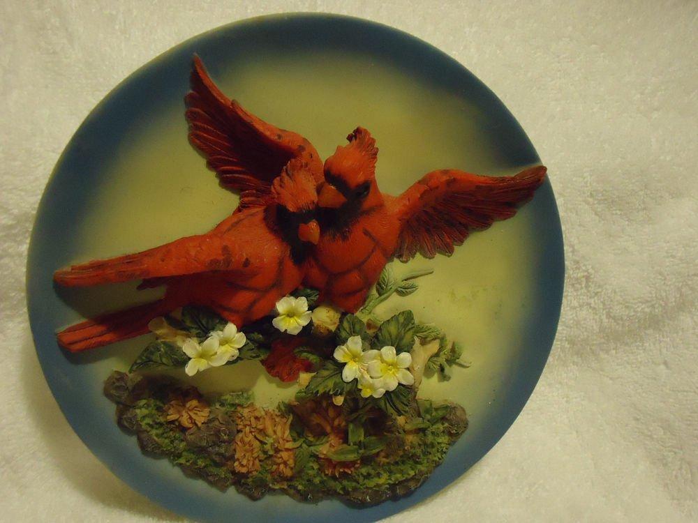 """RED BIRD/CARDINAL SCULPTURED 3-D PLATE..8"""" DIAMETER....VERY NICE"""