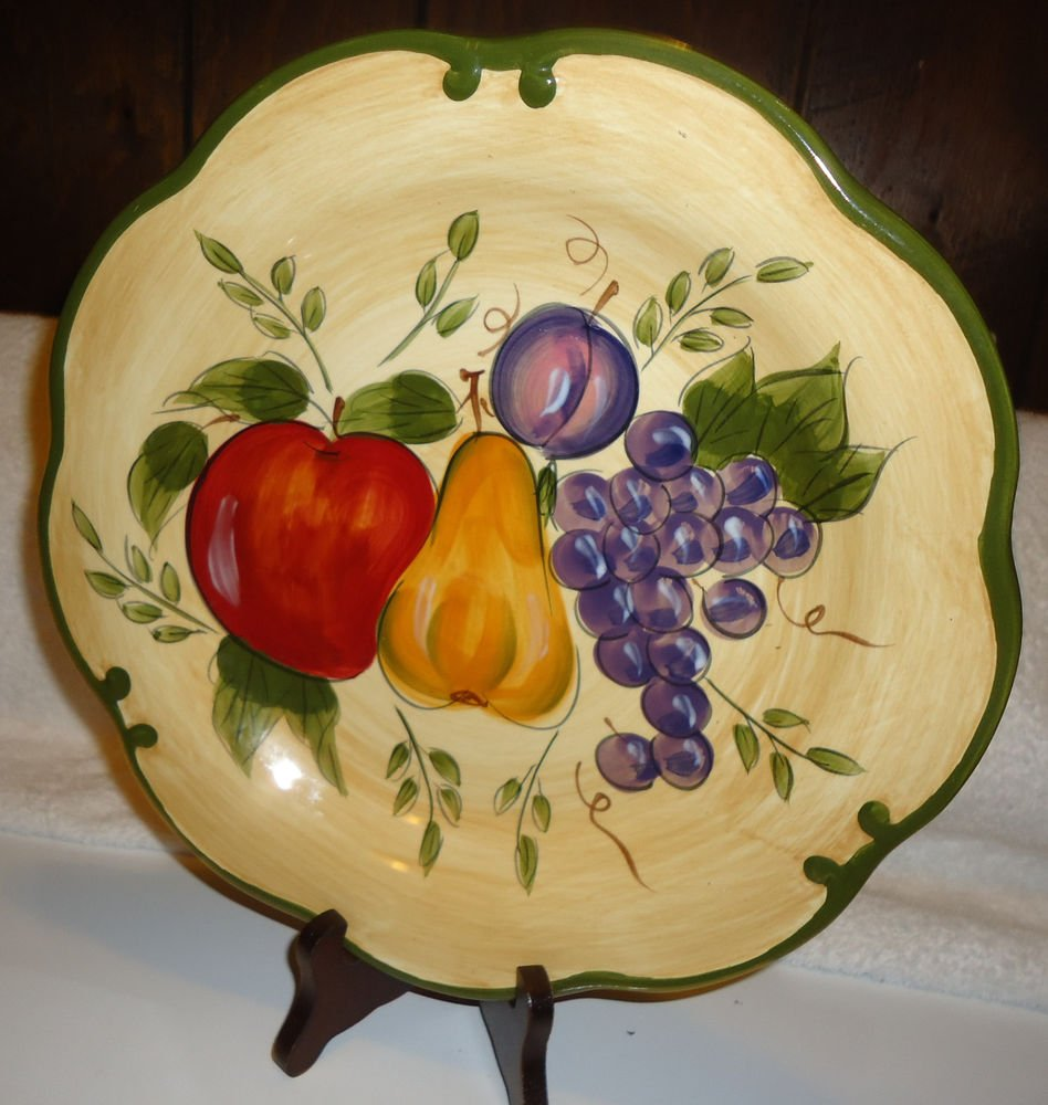 """11"""" HOME TRENDS GRANADA DINNER PLATE WITH FRUIT BEIGE/HUNTER GREEN..STAND INCLUD"""