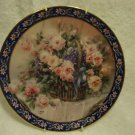 "1992 FIRST ISSUE ""ROSES"" LENA LIU COLLECTIBLE PLATE WITH NICE HANGAR..."
