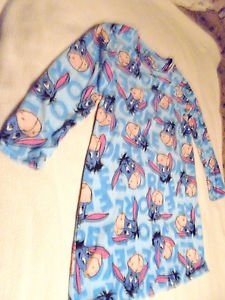 EEYORE BY DISNEY LADIES/GIRLS LONG SLEEVE MICRO FLEECE SLEEPSHIRT..SIZE M (8-10)