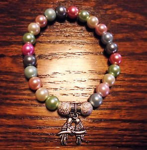 LADIES MULTI COLORED BEADED BRACELET WITH DOUBLE PARROT CHARM -EXPANDABLE