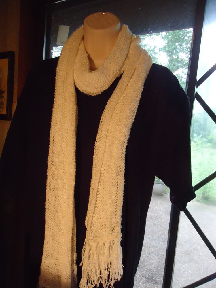 WHITE CROCHETED  GIRLS/LADIES VERY LONG SCARF...NICE SIZE..WITH TASSELS