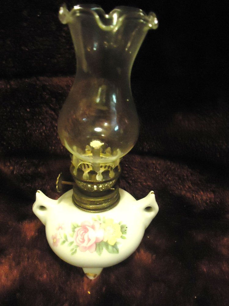 """SMALL VINTAGE WHITE PORCELAIN OIL/KEROSENE LAMP WITH PINK ROSES...6 1/2"""" TALL"""
