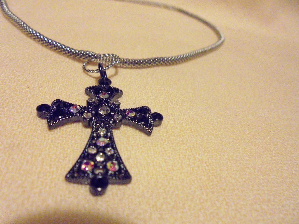 """NICE CROSS WITH BLACK & IRIDESCENT RHINESTONES ON 16"""" MESH CHAIN WITH EXTENDER.."""