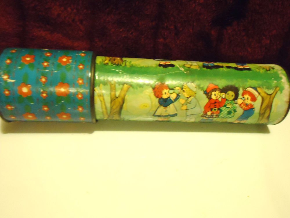 VINTAGE 1974 RAGGEDY ANN & ANDY KALEIDOSCOPE VIEWER ...WORKS GREAT..HTF