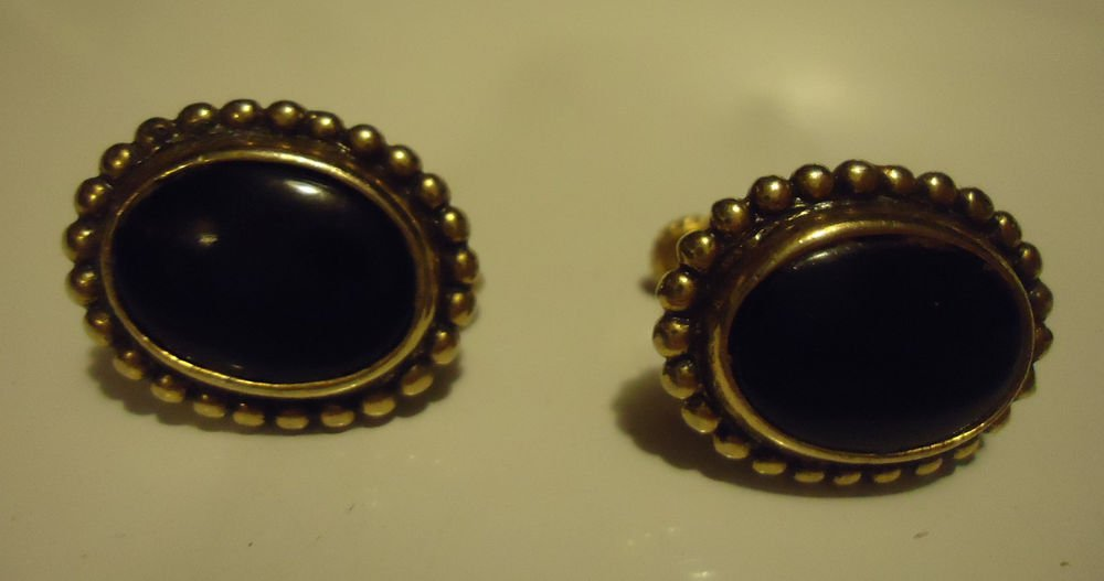 VTG SIGNED NAPIER GOLDTONE BLACK ENAMEL FOLDBACK CLIP SCREWBACK OVAL EARRINGS