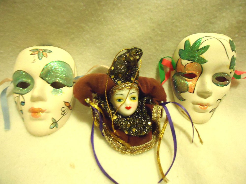 TWO BEAUTIFUL SMALL MARTI GRAS MASKS AND SMALL JESTER DOLL....GREAT COLORS