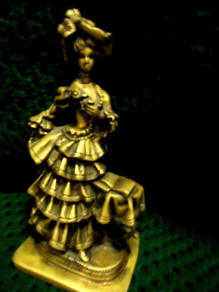 SOLID BRASS/BRONZE ANTIQUE VICTORIAN WOMAN SCULPTURE STATUE..GREAT DETAIL/PATINA
