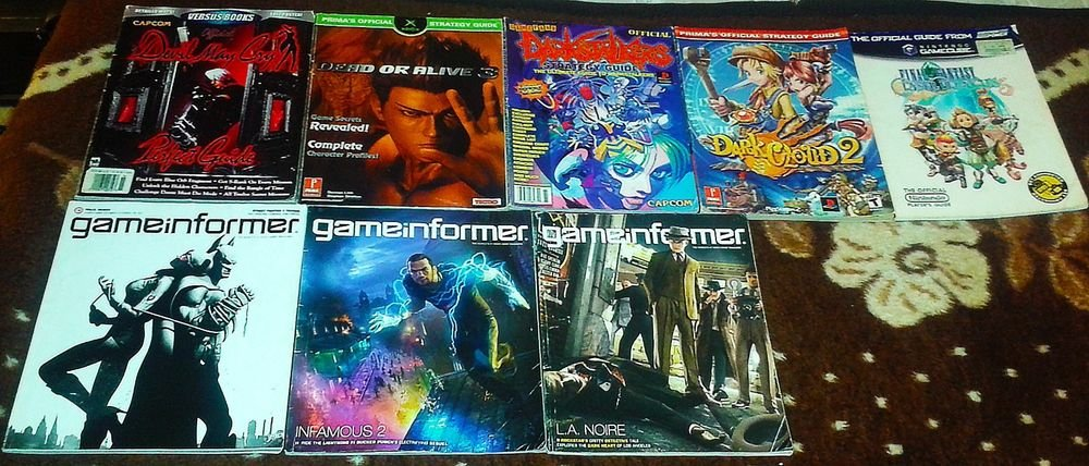 Strategy Guides & Game informer Lot Rare Darkstalkers and Dark Cloud 2 Guides