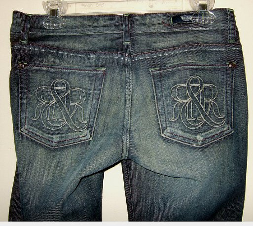 NEW ROCK & REPUBLIC CIGGY AGENT LOGO CAPRI JEANS size 27