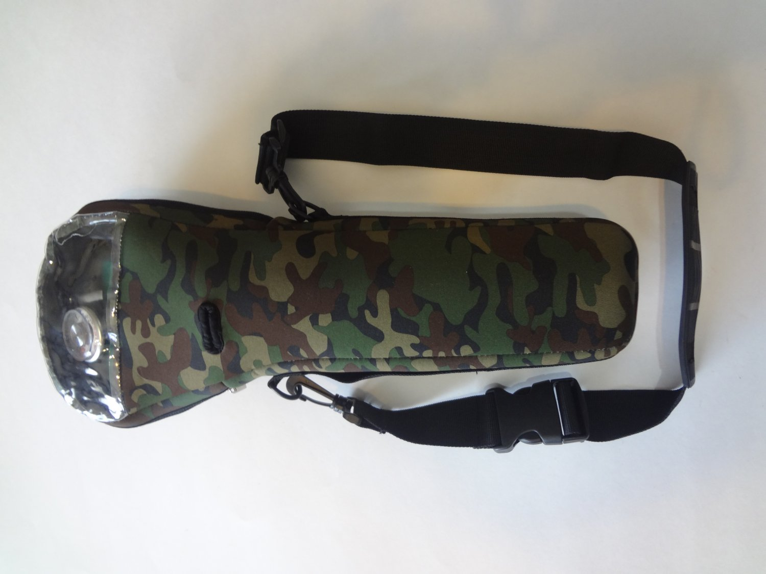 Camo oxygen cylinder carrier for B or M-6 cylinders