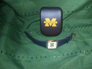 quartz wrist watch Licensed Michigan Wolverine case japan movt stainless steel