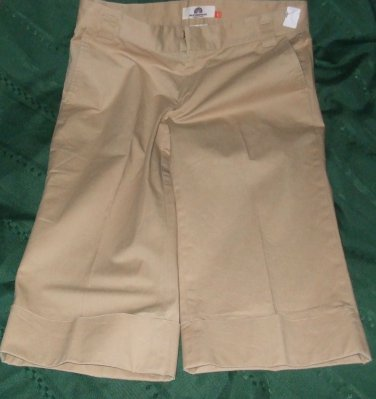 "$48 tan capri shorts WEATHERPROOF garment co. size 8 inseam 17"" slack pants"