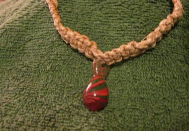 Macrame Choker w/Red and Green Bead (MJ005)