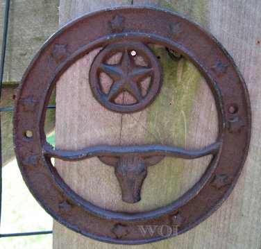 Old West Country Western Texas Longhorn Bull Head Bust Cast Iron Wreath Star Plaque Sign