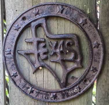 Distressed Metal Texas State Crest USA Star Wreath Wall Plaque Hanging Sign Prop Cast Iron Rust