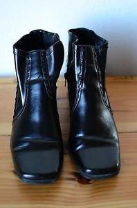 "Maurices Women's Black 9 M Medium 2"" Heel Ankle Boots w/ Side Zipper"