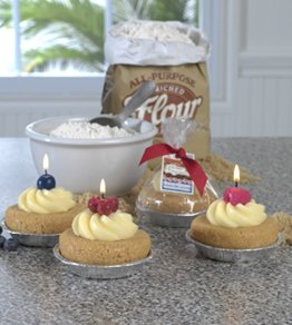 BETTY CROCKER ® Fruit Tart in Foil Tin Specialty Candle by Lava Enterprises Candles