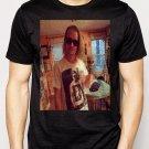 Best Buy Macaulay Culkin Wearing Ryan Gosling Men Adult T-Shirt Sz S-2XL
