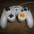 WHITE GAME STOP NINTENDO GAMECUBE WIRED CONTROLLER