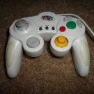 WHITE I CONCEPTS GAME FURY NINTENDO GAMECUBE WIRED CONTROLLER