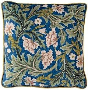 ACANTHUS Cushion Needlepoint KIT KIT Beth Russell William Morris