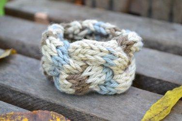 """6""""-7"""" Tri-Colored Cable-Knit Bracelet"""