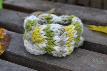 """7""""-8"""" Quad-Colored Cable-Knit Bracelet"""